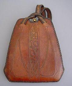 http://www.morninggloryantiques.com/imagesLZ/purses/purse26810.jpg