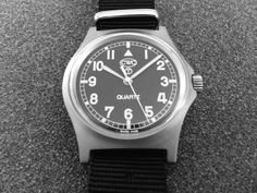 CWC G10 - 38mm case, 18mm strap Field Watches, Royal Navy, Vintage Watches, Rolex Watches, Mint, Antique Clocks, Antique Watches, Peppermint, Vintage Clocks