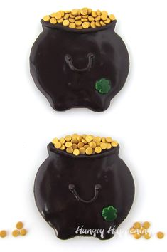Patrick's day with Pot of Gold Cookies-chocolate cauldron-shaped cookies glazed with chocolate ganache and decorated with gold coins. Chocolate Pots, Chocolate Ganache, Chocolate Cookies, Fun Holiday Desserts, Holiday Treats, Galaxy Cookies, Cookie Glaze, Gold Dessert, St Patricks Day Food