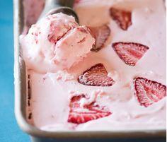 Krämig, ljuvligt god jordgubbsglass.