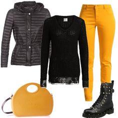 Un look composto da pantaloni Naf Naf, modello skinny, abbinati ad un maglione con scollo tondo, piumino con cappuccio amovibile, anfibi in pelle con borchie e borsa a tracolla OBag.