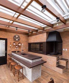 Área de Lazer com Churrasqueira: 15 Ideias para se Inspirar e Montar a Sua! Home Design Decor, House Design, Home Decor, Design Ideas, Backyard Patio Designs, Terrace Design, Outdoor Kitchen Design, Outdoor Rooms, House Plans