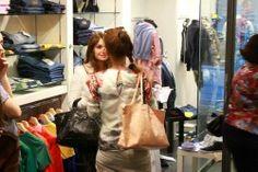 The Stylist Valentina Bregoli of the brand SO VALENTINA and the Fashion Blogger THE FASHIONAMY by Amanda, blogger outfit, made in italy street wear : insieme all'evento Altoitaliano #madeinitaly #fashion network : first #event at Dress Boutique in Reggio Emilia