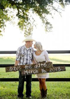 """50 """"Save the Date"""" Photo Ideas   Random Tuesdays"""