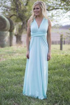 All the Ways to My Heart Maxi in Mint | Don't miss out on this awesome maxi that you can way many ways!