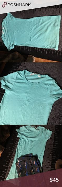 Michael Stars tee long and fitted nwot Beautiful color and one size - long enough for low rose pants and super comfy distressed color - seam split on purpose !!! New without tags Michael Stars Tops Tees - Short Sleeve