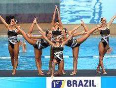 Nado sincronizado do Brasil vai à China com forró, robô e 'obras de arte' | globoesporte.com - movimento - exercício - exercise - atividade física - fitness - corpo - body - beleza - estética - belo - beautiful - artista - dança - dance