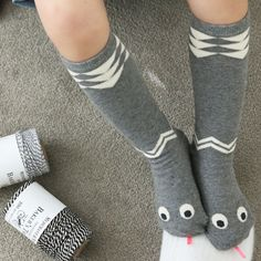 Cute and chic socks with a snake design, designed by Mini DressingKnee-high socksAvailable in 2 colours : Grey / BeigeCotton 100% , Wash in cold or below 30C wa
