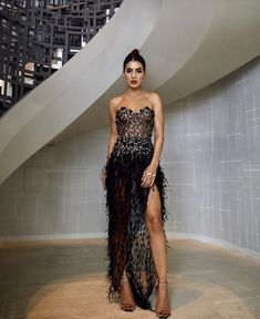My look for last night - in Haute Couture dress! 🖤 ——— O meu look de ontem pra festa da… Elegant Prom Dresses, Event Dresses, Strapless Dress Formal, Beautiful Dresses, Formal Dresses, Party Dresses, Looks Street Style, Street Style Trends, Haute Couture Dresses