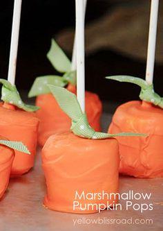 Pumpkin Marshmallow Pops Yellow Bliss Road: 31 Days of Simply Homemade: {Day Pumpkin Pops! Halloween Goodies, Halloween Desserts, Halloween Cupcakes, Easy Halloween, Halloween Treats, Fun Desserts, Halloween Party, Dessert Recipes, Recipes Dinner