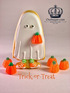 From Captain's Daughter to Army Mom: Sweet Trick-or-Treater Ghost Cookies!