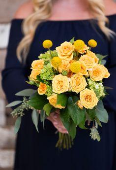Yellow rose wedding bouquet | Photography: Ryan Lockhart