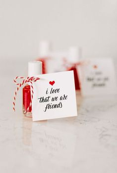 61 Ideas gifts for friends valentines day party favors Funny Valentine, Quotes Valentines Day, Valentines Day Party, Valentine Day Crafts, Valentines Design, Valentines Day Gifts For Friends, Valentine Ideas, Valentine Nails, Diy Craft Projects