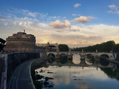 Spend your honeymoon in Rome! The Eternal City has so much to offer: romance, art, history, and some of the best food and wine! | LivItaly