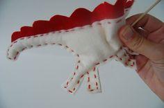 felt dinosaur toy 13