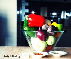 Popatrz, dotknij,  powąchaj, posmakuj... http://tasty-and-healthy.blog.pl/2015/04/27/badz-jak-dziecko-mindful-eating-cz-3/