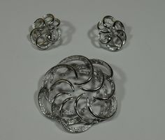 Vintage Pin and Earrings Set - Silver by belleofnewyork315 on Etsy