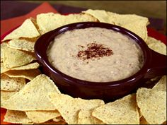 Gooey-Good Queso Dip 'n Chips  |  Hungry Girl  |  300 Under 300 |  5 WWP+