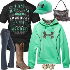 49 Ideas Sweatshirt Dress Outfit Boots Country Girls For 2019 Country Girl Outfits, Country Wear, Cute N Country, Country Girl Style, Country Fashion, Country Girls, My Style, Country Life, Country Style Clothes