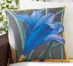 """Indoor/Outdoor Crocus Print Pillow,20"""",Blue Multi"""