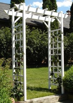 Modern Trellis Design for Beautiful Garden 5 Ways to Add Style With a Garden Trellis Modern Trellis design for beautiful garden. A garden trellis is normally used only for providing a framework on … Garden Arch Trellis, Arbors Trellis, Garden Arbor, Garden Gates, Garden Beds, Patio Trellis, Pea Trellis, Trellis Design, Vinyl Pergola