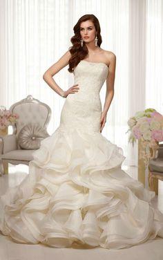 Essense of Australia, Strapless Trumpet Lace Wedding Dress