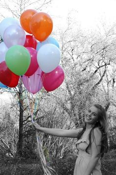Birthday Ideas. Sweet 16 ♥ - Cute idea for invitation pics!