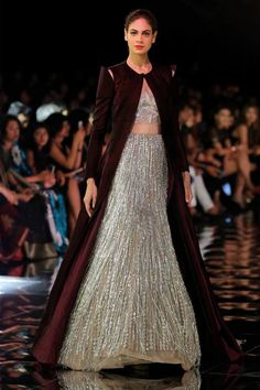 From Manish Malhotra to Rohit Bal, from bell sleeves to shoulder cut-outs, here are the latest Indian fashion trends for you to try this season!