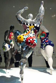 """Niki de Saint Phalle, """"Les Trois Grâces"""" (""""The Three Graces"""") (1995–2003) (photo by Veronique Bidinger) Click to get to a wonderful article about this artist."""