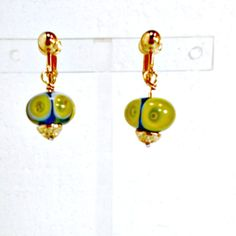 Earrings lampwork clip on handcrafted beads green blue on goldtone Pat2 #Pat2 #dropdangle