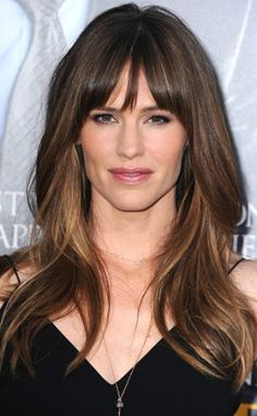 Color bangs cut style jennifer garner