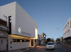 Galería de Colegio de Arquitectos de la Provincia de Buenos Aires / Juan Pablo Denzoin, María Victoria Deguer , Luciana Cicconi - 1
