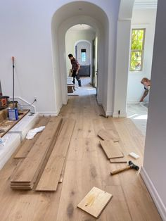 house flooring Transforming our Torina Project with Pravada FloorsBECKI OWENS Style At Home, Modern Style Homes, Home Renovation, Home Remodeling, Kitchen Remodeling, Appartement New York, Coastal Homes, Home Fashion, House Plans