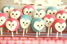 owl-love-dessert-table-cake-pops