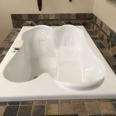 is a great tub for those who want a nice deep bathtub with a center drain design. It gives couples the option to both enjoy a relaxing bath. We are proud to present this Carver Tubs Drop-In Relaxing Soaker w/ Built in Seat Bathtub Made in the USA! Deep Bathtub, Drop In Bathtub, Jacuzzi Bathtub, Bathtub Drain, Soaking Bathtubs, Whirlpool Bathtub, Two Person Bathtub, Bath Tub For Two, Corner Tub