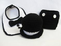 oh my gosh! how cute is this little tuxedo bib, hat and diaper cover!