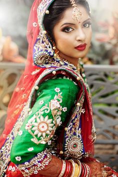 Beautiful girl from India Indian Bridal Wear, Asian Bridal, Indian Wedding Outfits, Pakistani Bridal, Indian Outfits, Bridal Lehenga, Wedding Dresses, Indiana, Indian Princess