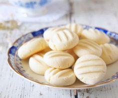 Biscoito de leite condensado - I Could Kill For Dessert Ingredientes: - 100 gramas de manteiga em temperatura ambiente - - Central das Notícias – Notícias, vídeos, esportes e diversão