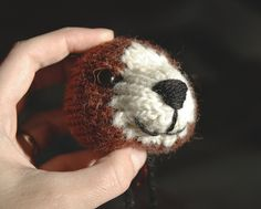Tutorial to make the nose and mouth of those animal toys you knit.