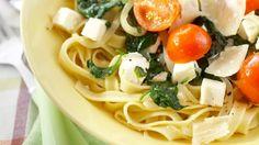 Välimeren feta-pinaattipasta