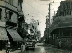 Rua Boa Vista (1920) - Obras de pavimentação da Rua Boa Vista na Sé, vendo-se em primeiro plano o cruzamento com a Ladeira Porto Geral, à esquerda, e com a Rua João Brícola, à direita.