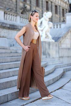 palazzo pants, Marlene Hose - Mango / top - Zara / sleeveless cardigan, Mantel ärmellos, lange Weste ärmellos - Forever 21 / platform sandals, wedges, Keilsandaletten - Deichmann (sponsored) / shopper bag - C&A (sponsored) / sunglasses - Calvin Klein (sponsored) / collected by Katja / Ü 30 fashion blog from Austria / Ü30 Modeblog aus Österreich / ladylike / classy woman / ladies with style / streetstyle / fashion blog / fashion trend 2016 / Modetrend 2016 / Mode Inspiration / fashion…