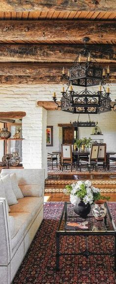 Spanish style homes – Mediterranean Home Decor Spanish Style Homes, Spanish House, Spanish Style Decor, Spanish Colonial Decor, Spanish Revival Home, Spanish Style Interiors, Mexican Style Homes, Tuscan Style Homes, Spanish Design