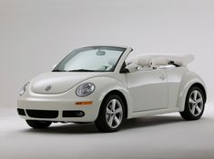 2007 Volkswagen New Beetle Convertible Triple White Available color of 2007 Volkswagen New Beetle Convertible Triple White Car is Campanella White . 2007 Volkswagen New Beetle Convertible Triple Wh… Volkswagen New Beetle, Beetle Car, Volkswagen Golf, Volkswagen Convertible, Vw Cabrio, Automobile, Golf 2, Cute Cars, Cars Motorcycles