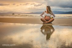 Black and white photography Pregnant photography, Fotograf . - Black and white photography Maternity Photography, Camera Photography, Vint - Maternity Portraits, Maternity Session, Maternity Photography, Photography Camera, White Photography, Beach Maternity Pictures, Beach Pictures, Birth Photos, Pregnancy Photos