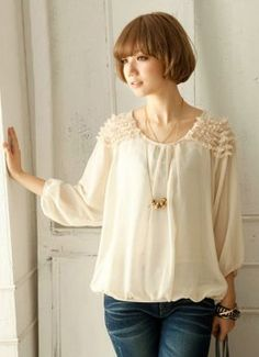 Beauty Waves Lotus Loose Chiffon Blouses Apricot  Item Code:#RZ6940+Apricot        Wholesale Price: US$8.50    Shipping Weight: 0.34KG