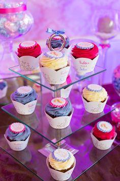 Bild: Kristine Veit Photography Reveal Parties, Gender Reveal, Desserts, Photography, Food, Daughter, Celebration, Tailgate Desserts, Fotografie