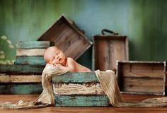 I really love everything about this. With the soft hues of Glitterfarm crates, they would be perfect for any baby photo shoot, don't you think?