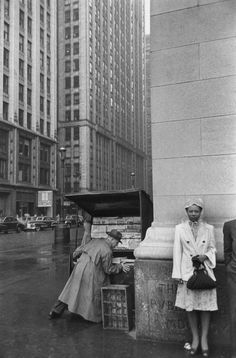 Henri Cartier-Bresson, Magnum Photos -New York - Candid Photography, Urban Photography, Color Photography, Street Photography, Minimalist Photography, Henri Cartier Bresson, Walker Evans, Magnum Photos, Black White Photos