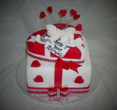 1st Year Heart Transplant Cake www.creativecakesbykeekee.com New Heart, Happy Heart, Birthday Cakes, Birthday Ideas, Open Heart Surgery, Organ Donation, 1st Year, Lets Celebrate, Creative Cakes